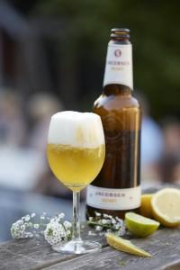 Overskudsbilleder. Ølklub for kvinder: Annemarie Hartvig Jensen er brygmester hos Carlsberg, og så har hun startet en ølklub for kvinder.